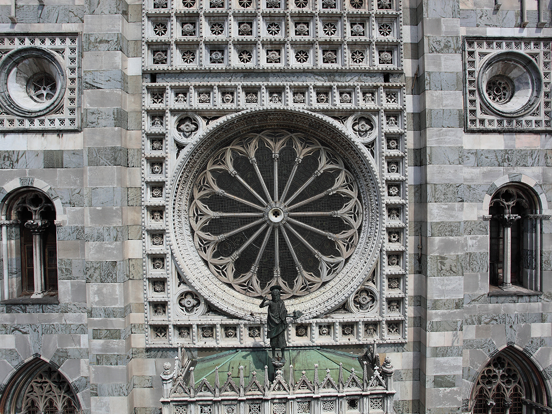 http://www.museoduomomonza.it/wp-content/uploads/2016/02/duomo-sito.jpg