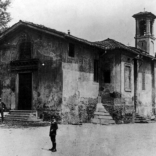 http://www.museoduomomonza.it/wp-content/uploads/2017/02/chiesa-foto-540x540.jpg